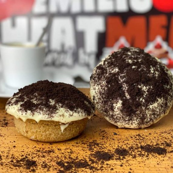 Emilios Black Cookies con chocolate blanco