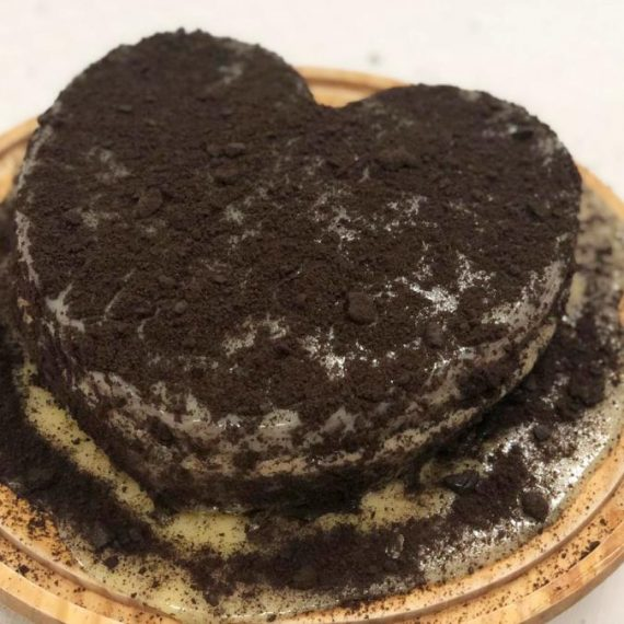 Tarta Black Heart Emilio Cheat Meal